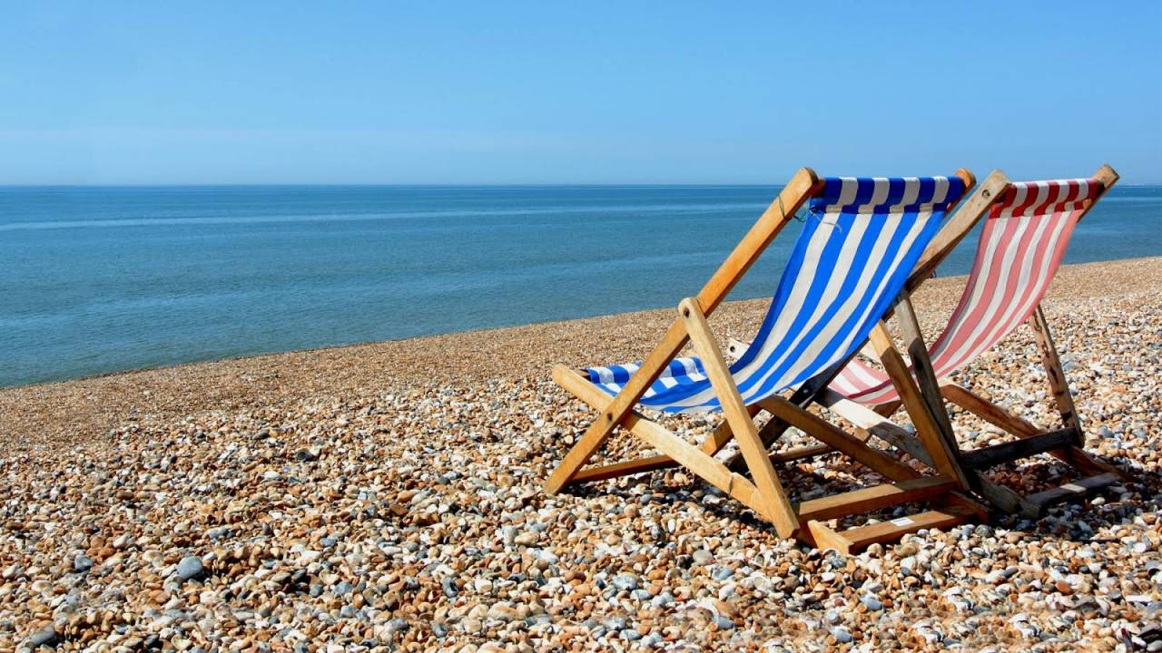 deck-chair-discover